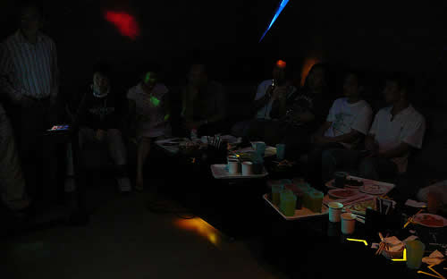 KTV singing and snacks